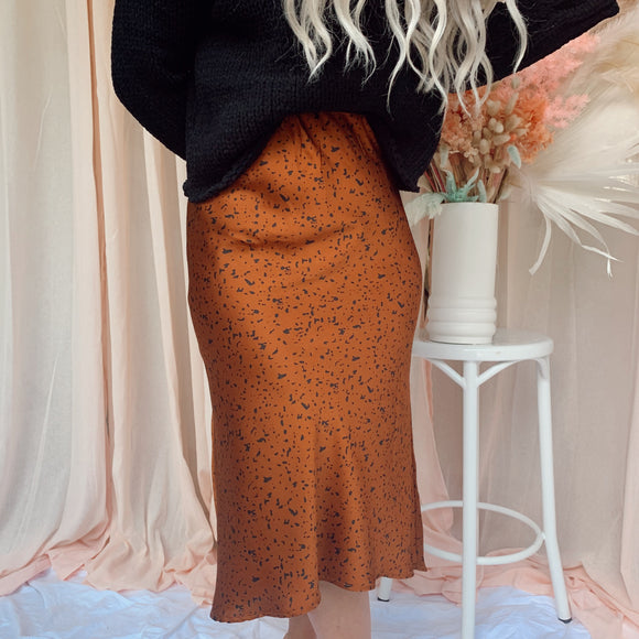 Silky Skirt - Tan Spotty