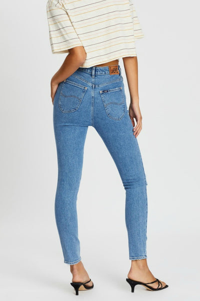 LEE JEANS HIGH LICKS CROP WORN BEAUTY DENIM