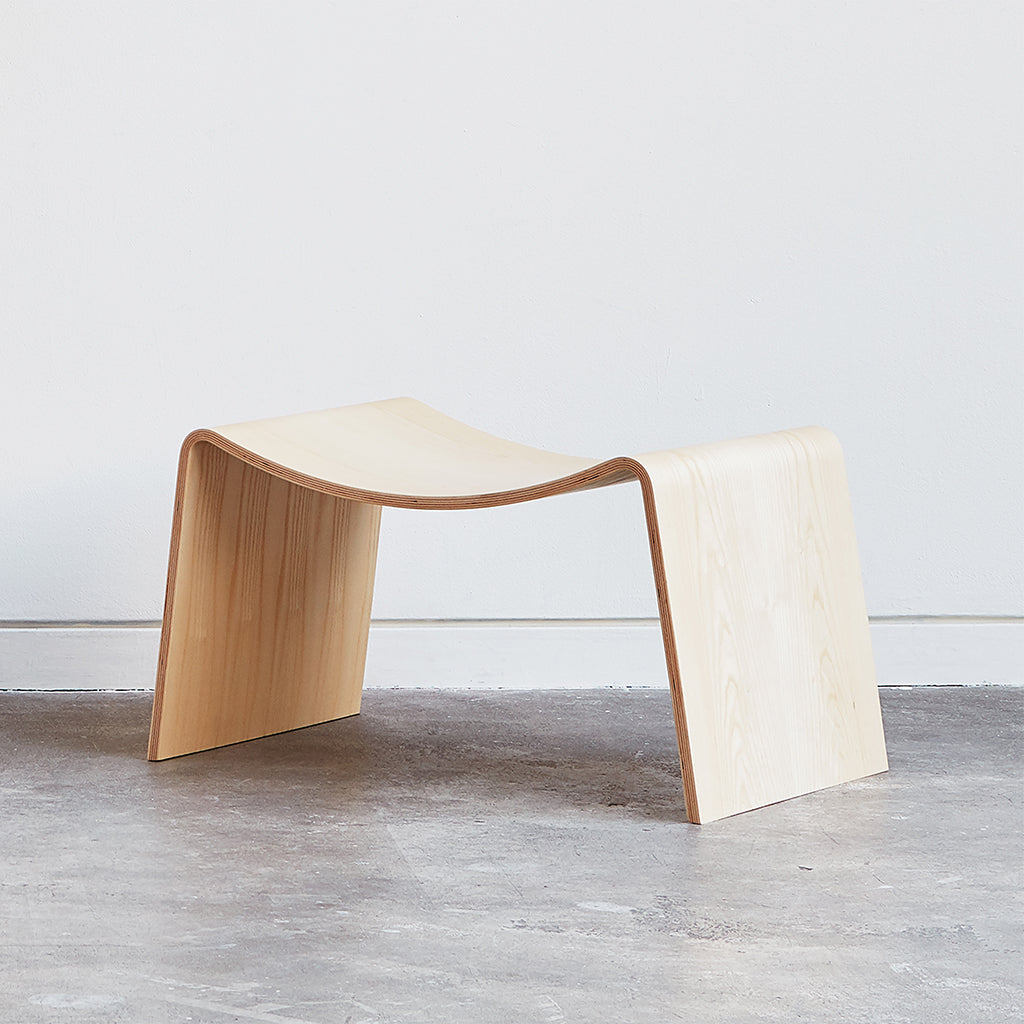 Wave Stool | Blonde Ash
