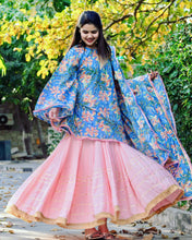 Load image into Gallery viewer, Blush In Pink Lehnga Set - Qamsin