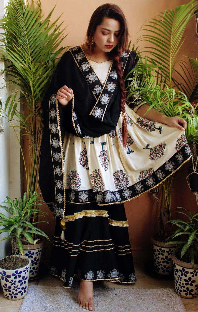 Siah Black Sharara Suit Set - Qamsin