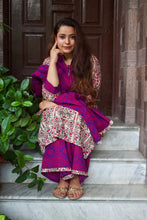 Load image into Gallery viewer, Mughal Butta Purple Bandhej Suit Set - Pink Official
