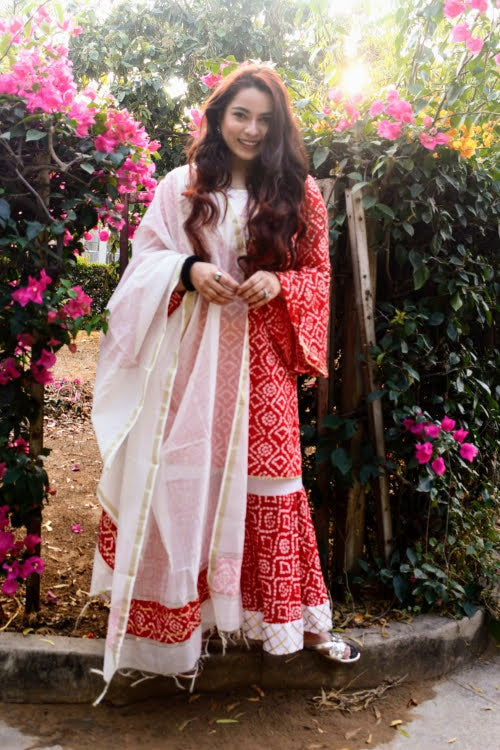 Red Bandhani Chanderi Suit Set - Qamsin