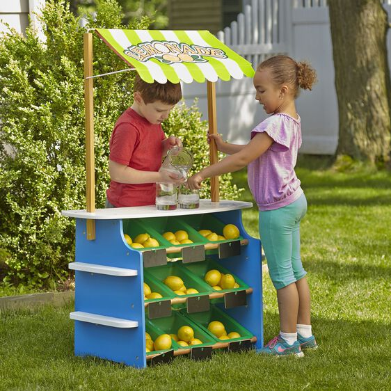 Melissa and Doug Lemonade Stand/Grocery Store