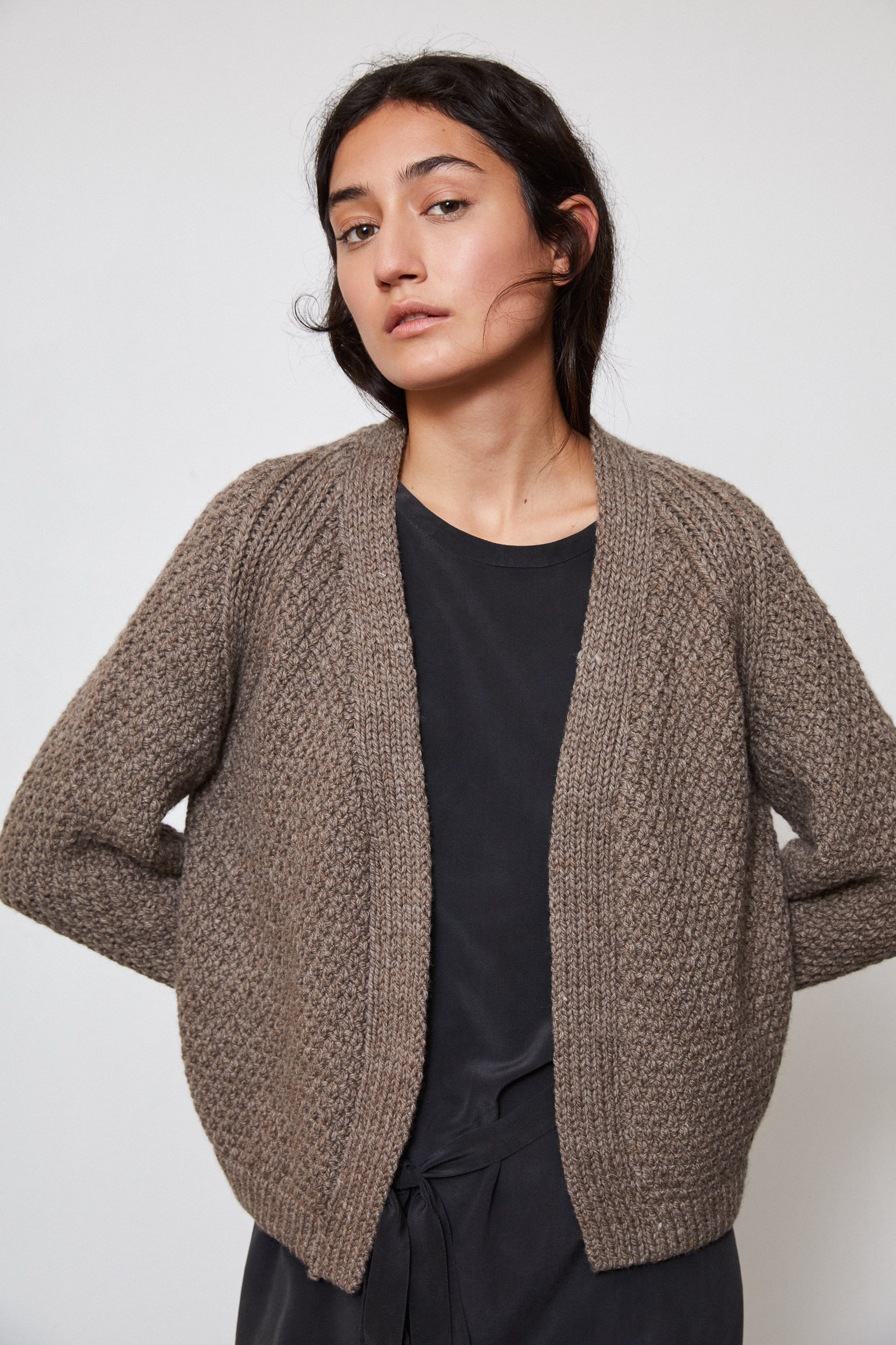 HAND KNITTED SAUCO WOOL CARDIGAN - CUB