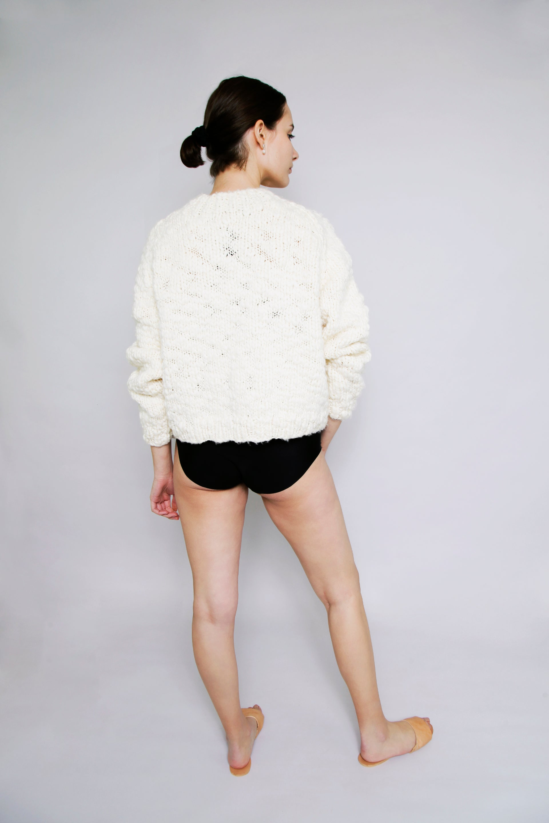 HAND KNITTED WOOL CAVEN JUMPER - IVORY