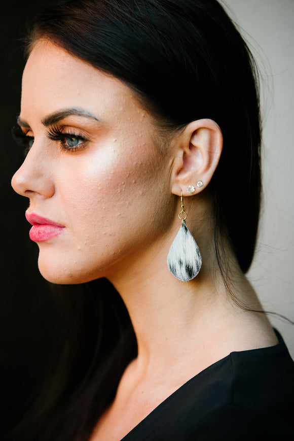 The Design Edge Tanzania Pear Shape Hairon Earrings