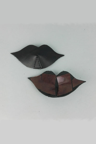 Lip shaped leather nipple pasties