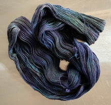Load image into Gallery viewer, Labradorite- Sirtir Single-Ply Fingering Yarn
