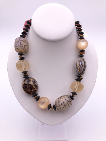 CHICO'S TRIBAL BEADED NECKLACE