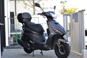 SS150 150cc Moped Scooter, Trunk, Alarm, Remote Start, USB