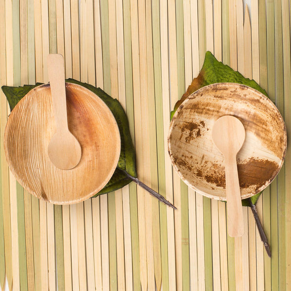 3 oz. Round Palm Leaf Eco Friendly Mini Disposable Sauce Bowls