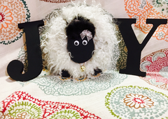 "DIY Sheep Crafts | How to Make a Wood Block Letter ""O"" Sheep for Home Decor 