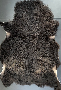 Icelandic Shearling Sheepskin - black 30 x 20 inches