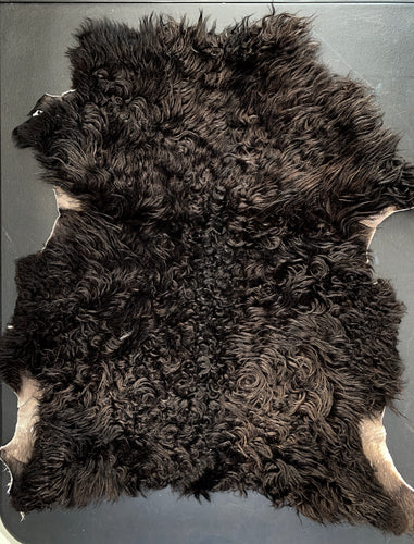 Icelandic Shearling Sheepskin - black 28x20 inches