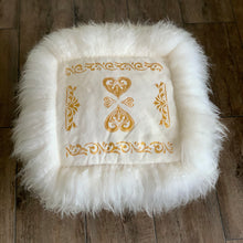 White Sheepskin Chair Pad - Handmade Skinnfell Art Home Decor