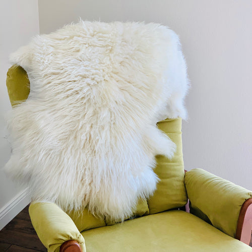 Icelandic Sheepskin - white 37 x 22 inches
