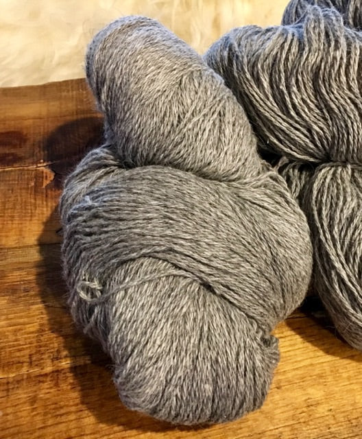 Icelandic Wool Yarn - gray - bulky 3-ply