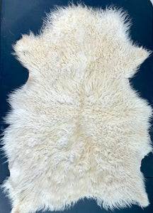 Icelandic Shearling Sheepskin - white 33 x 19 inches