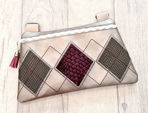 DIGITAL DOWNLOAD Amanda Applique Clutch OWTT