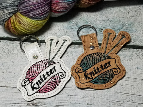 DIGITAL DOWNLOAD Knitter Snap Tab Yarn and Knitting Needles