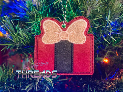 DIGITAL DOWNLOAD Applique Present Gift Card Holder Ornament Gift Tag