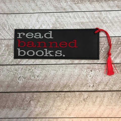 DIGITAL DOWNLOAD 5x7 Multi Read Banned Books Bookmark ITH Embroidery Design