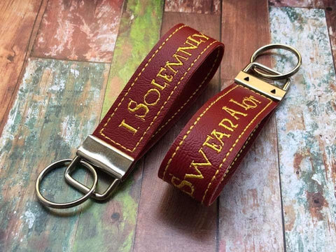 5x7 6x10 DIGITAL DOWNLOAD I Solemnly Swear A Lot Key Fob Set
