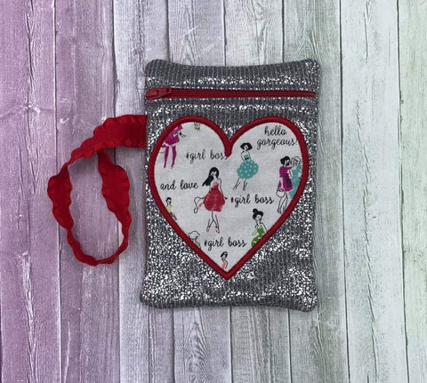 DIGITAL DOWNLOAD ITH Applique Heart Zipper Bag Lined and Unlined