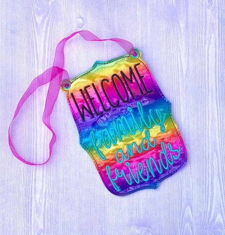 DIGITAL DOWNLOAD ITH 5x7 Welcome Family and Friends Door Sign