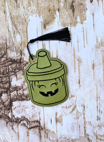 4x4 DIGITAL DOWNLOAD Trick or Treat Witch Bucket Bookmark Ornament
