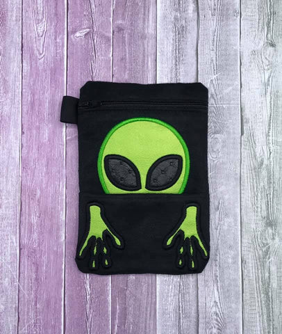 DIGITAL DOWNLOAD ITH Applique Alien Peeker Zipper Bag With Front Pocket