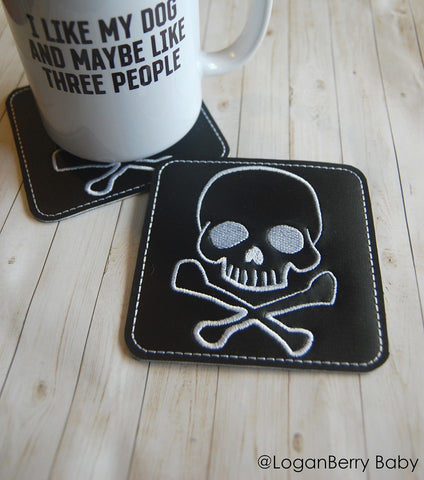 DIGITAL DOWNLOAD 4x4  Skull and Cross Bones Coaster