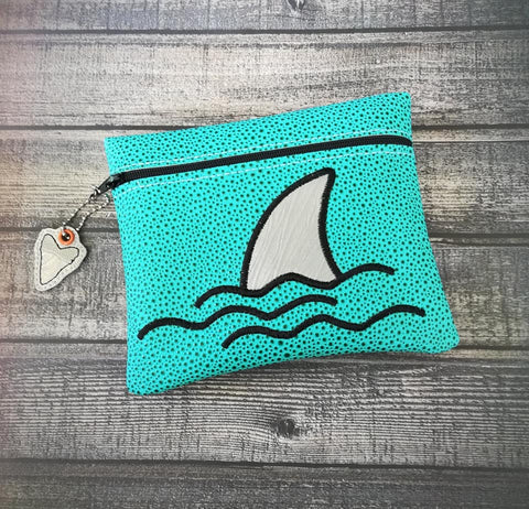 DIGITAL DOWNLOAD 5x6 6x7 7x8 Bundle ITH Applique Shark Zipper Bag and Zipper Pull