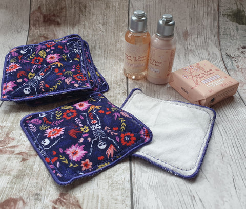 4x4 DIGITAL DOWNLOAD Reusable Makeup Pad