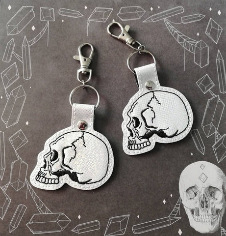 4x4 DIGITAL DOWNLOAD Anatomical Skull Snap Tab