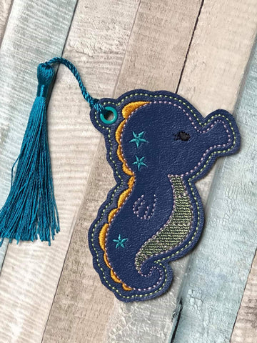 DIGITAL DOWNLOAD 4x4 Seahorse Bookmark