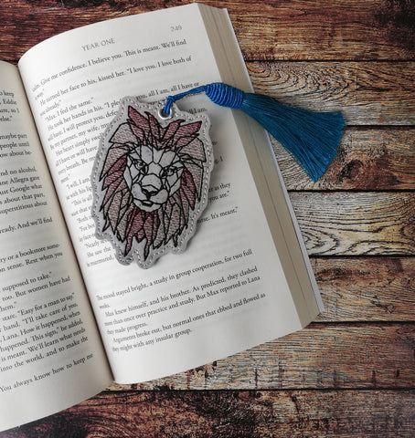 DIGITAL DOWNLOAD Geometric Lion Bookmark