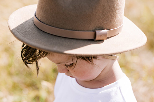 Kids tan wide brim fedora