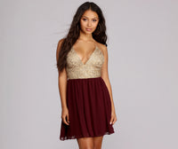 Tall V-neck Spaghetti Strap Party Dress