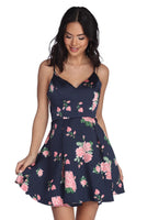 Tall A-line V-neck Hidden Back Zipper Pocketed Pleated Fitted Satin Spring Floral Print Party Dress