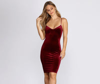 Sexy Spaghetti Strap Sweetheart Short Trim Velvet Homecoming Dress With Rhinestones