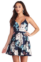 V-neck Short Flowy Fitted Lace-Up Plunging Neck Spaghetti Strap Floral Print Skater Dress/Evening Dress