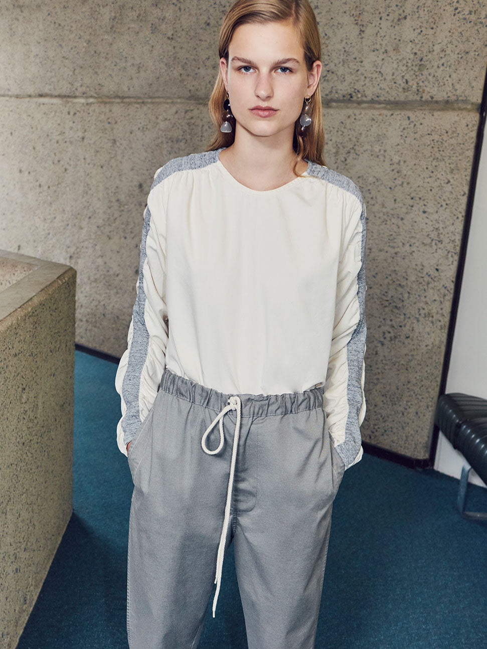 women pre fall 18 look 24
