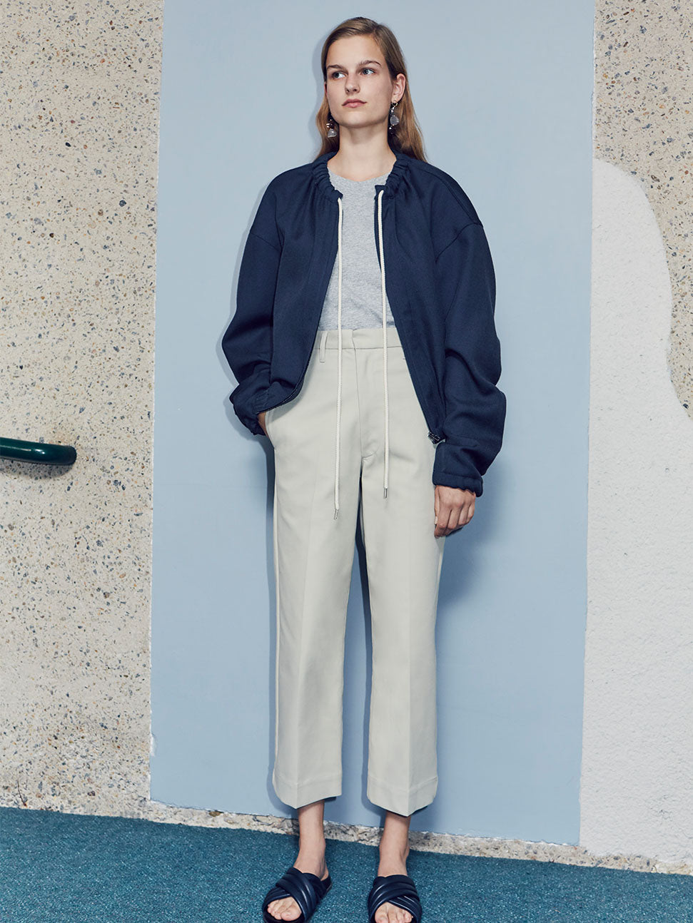 women pre fall 18 look 25