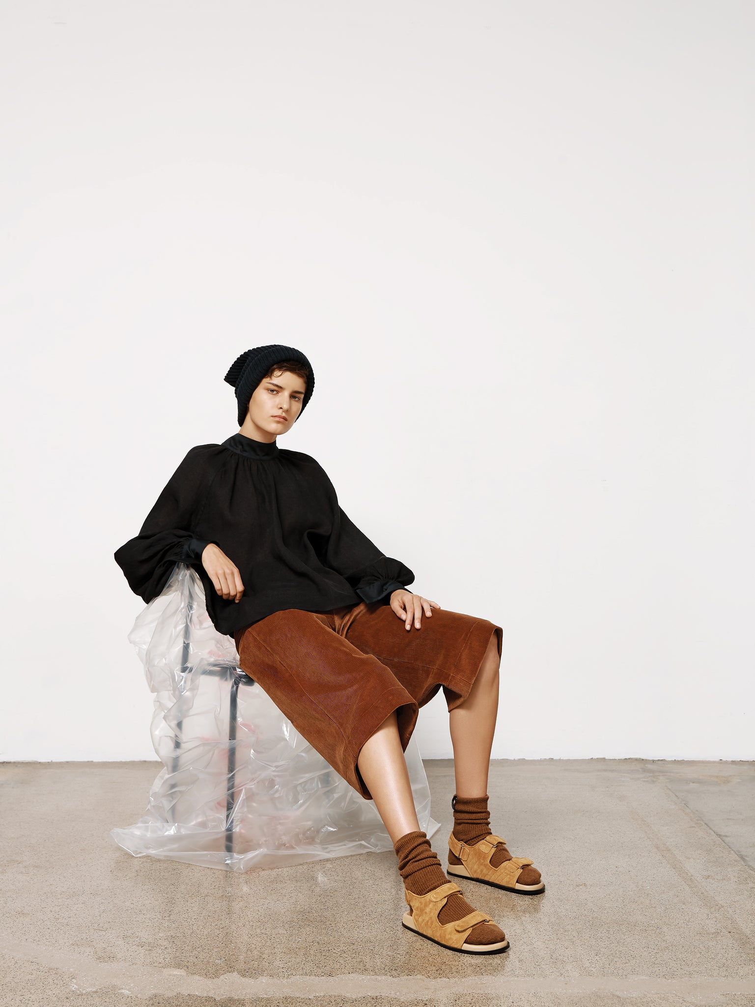 women pre fall 20 look 13
