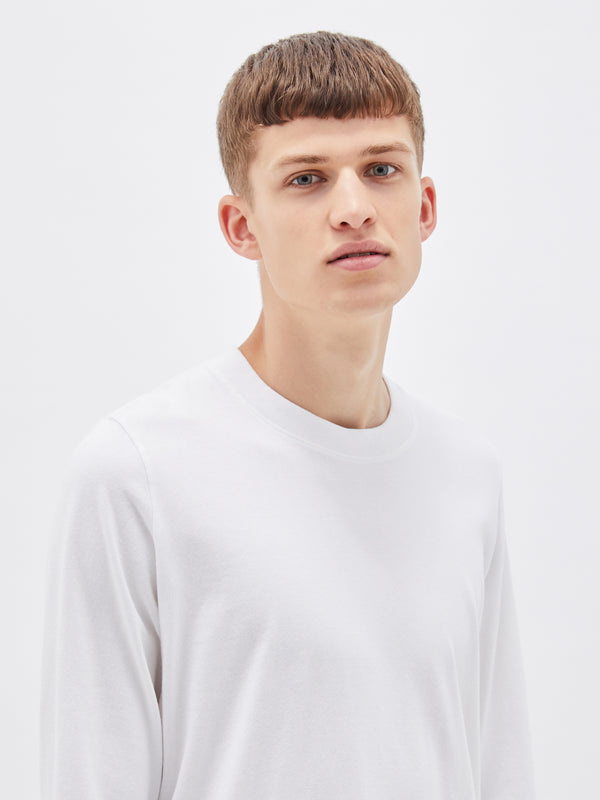 bassike 240 vintage neck long sleeve t.shirt in white
