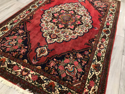 Old Persian Baktiari 5.5x8.2 Hand Knotted