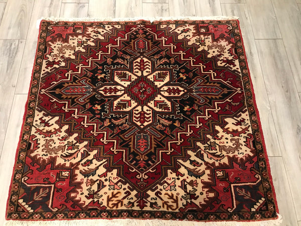 Old Persian Heriz 4.9 x 4.9 Hand Knotted Wool
