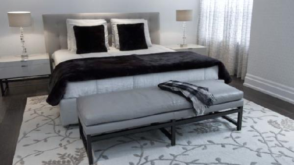Contemporary Gray Bedroom Bench